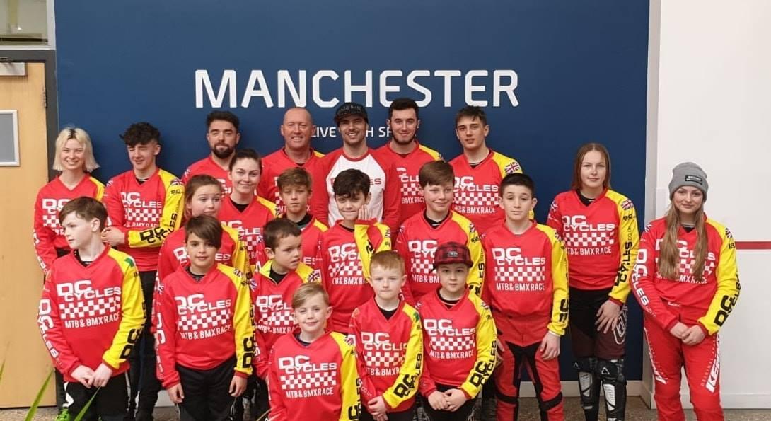 dc-cycles-bmx-race-team-group-photo